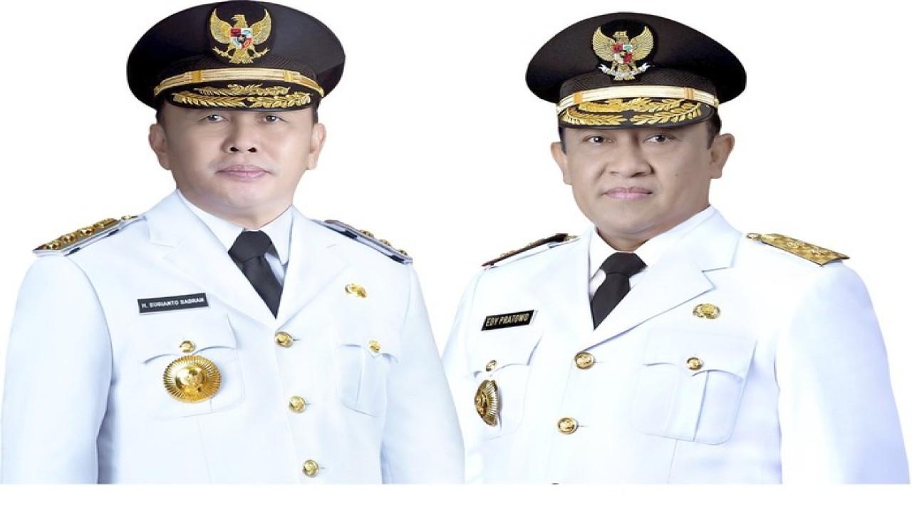 Gubernur Kalteng Sugianto Sabran (kiri) dan Wagub Kalteng Edy Pratowo/ist