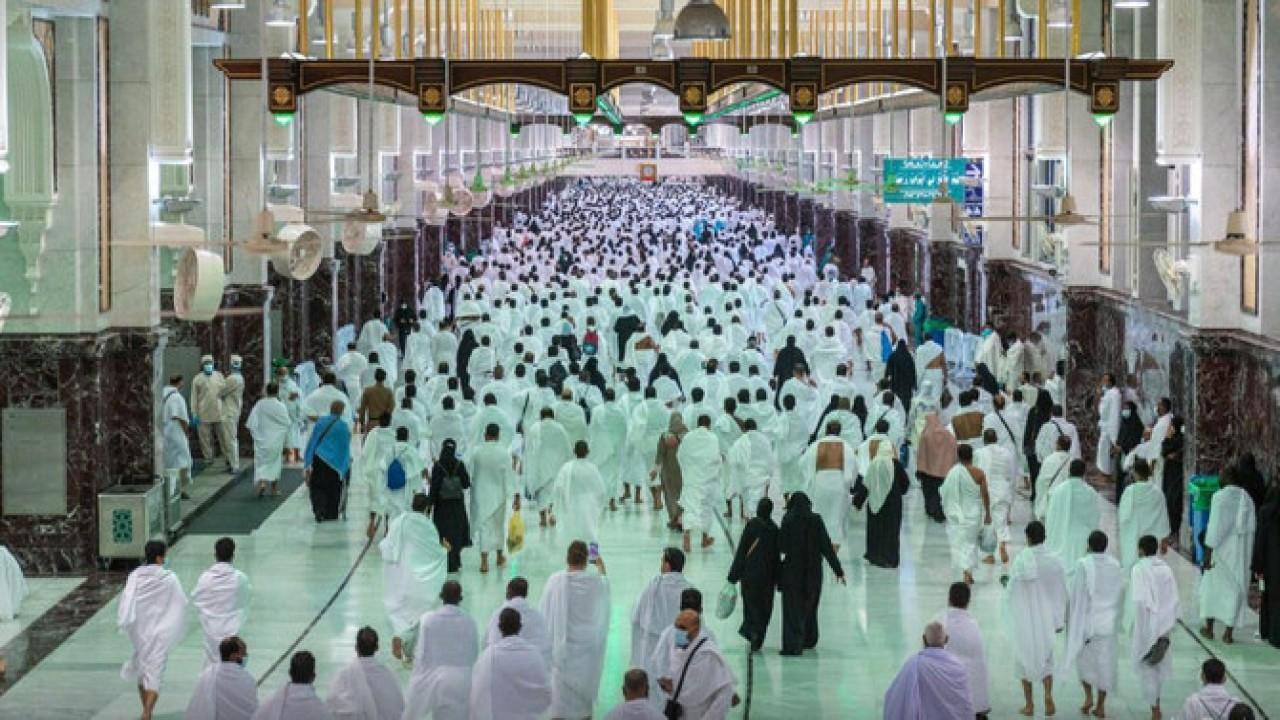 Kapasitas operasional Masjidil Haram untuk umrah dan shalat meningkat. (SPA)